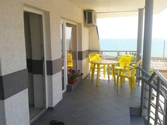 Дома в Лариса с видом на море